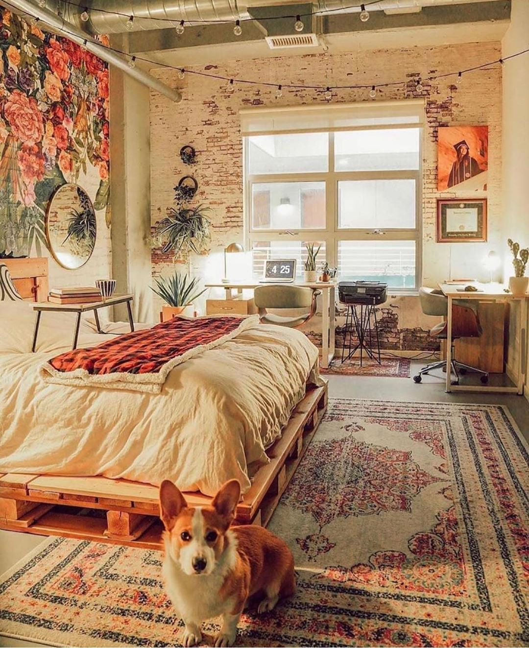 We came up with 25 best bedroom ideas and inspirations to help you create your own perfect resting space. Check out these cozy beds that will definitely blow your mind! #bedroom #bedroom ideas #bedroomdesign #bedroomdesignideas #bedroominspiration #stylishbedroom #stylishbedroomdesign