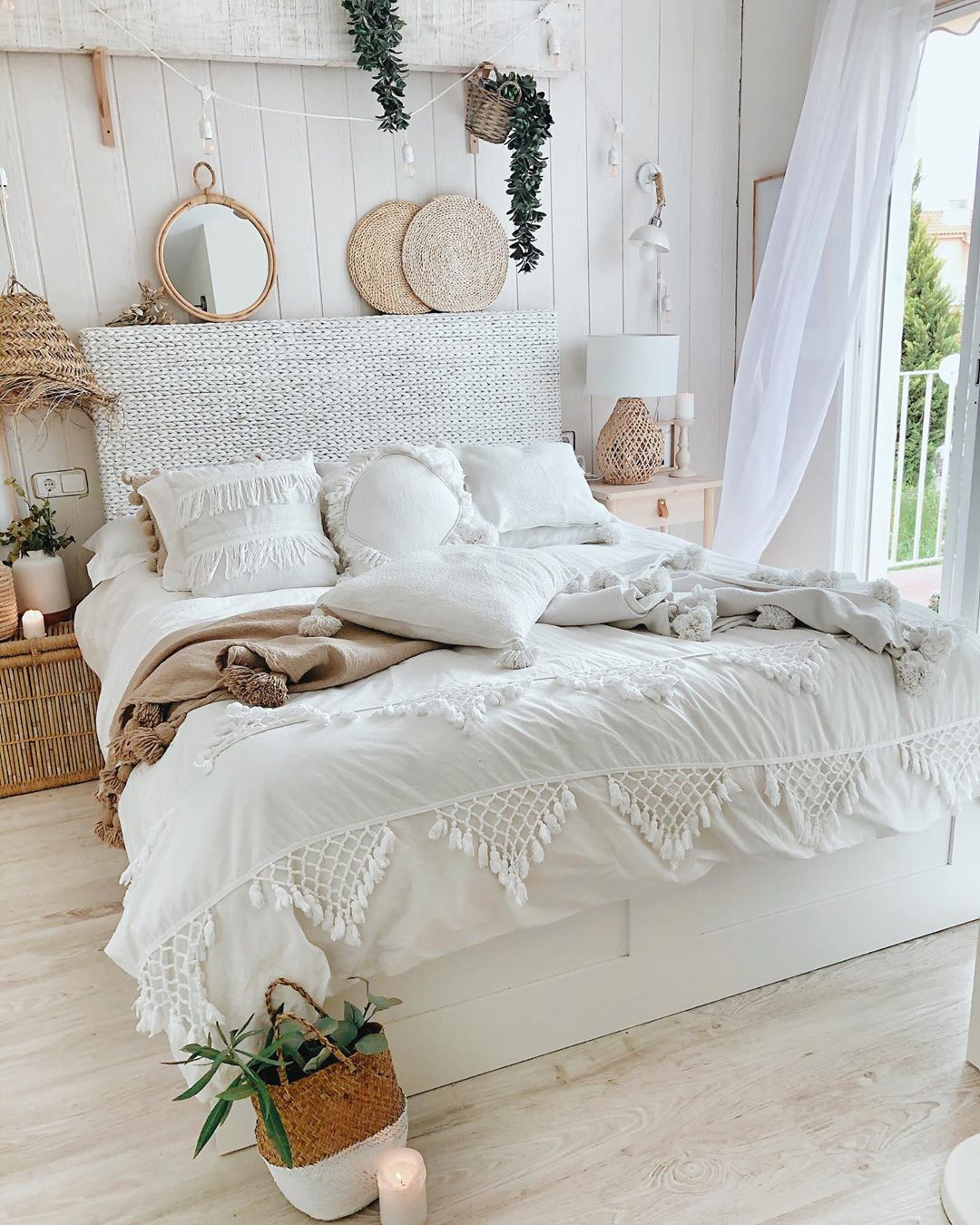 15 Best Bohemian Bedding For A Trendy Room Buzzkee
